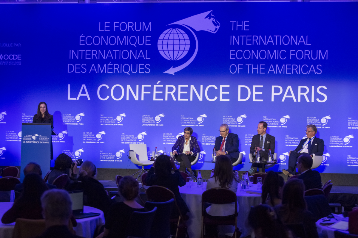 Plenary Session - How to Build Better Cities? - The Conference of Paris 2018